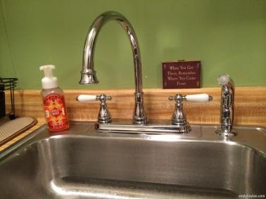 Ta-da! The new faucet