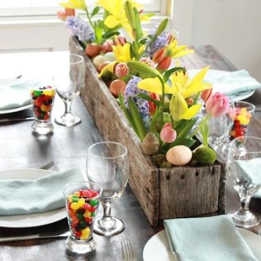 http://www.migonishome.com/2012/04/diy-pallet-flower-box-html/