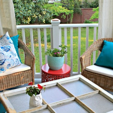 http://www.702parkproject.com/2015/05/13/diy-window-coffee-table/