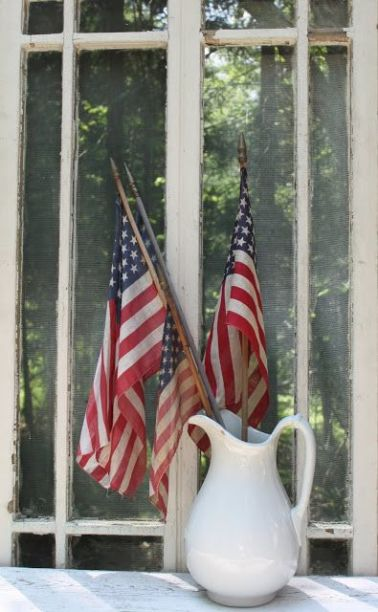 American Flag Decor(3) - the bee life