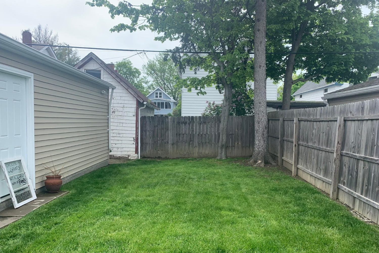 Backyard(4)