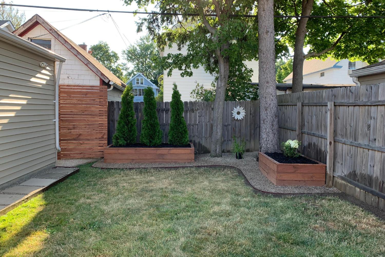 Backyard(5)
